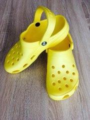 Новые женские сабо кроксы для прогулок на море crocs