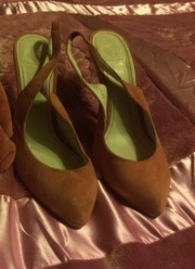 Обувь женская,  фирма СorsoСomo,  37 размер